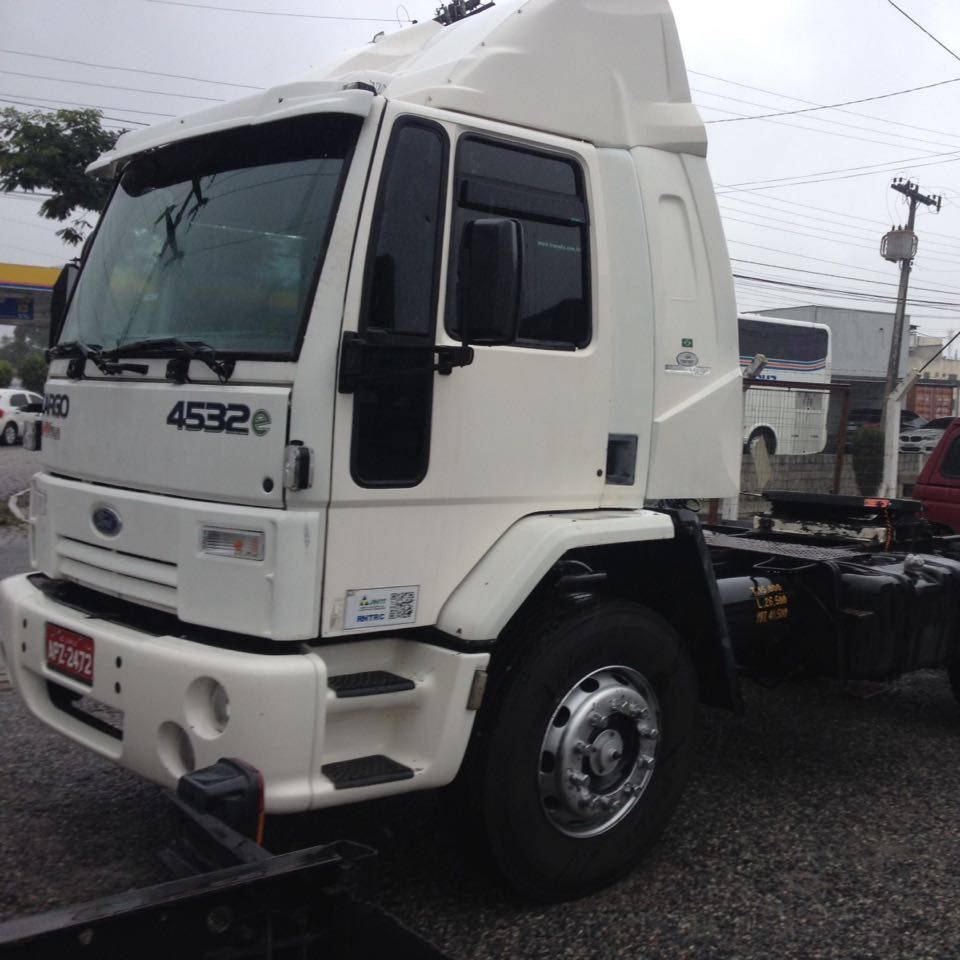 Ford Cargo 4532 2008